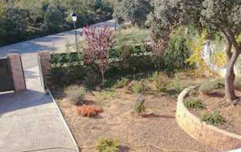 13E1 venta de villa en oferta Valdeaveruelo Guadalajara