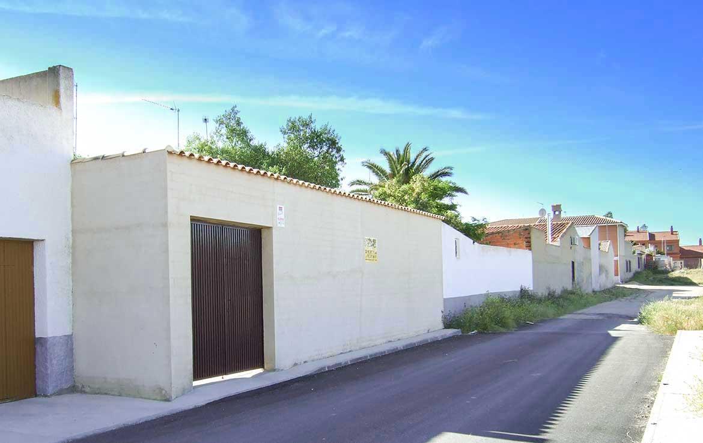 Casa unifamiliar en venta en calle Alsaciana, 8 Ajofrín, Toledo - Salida trasera a calle monteria - vista