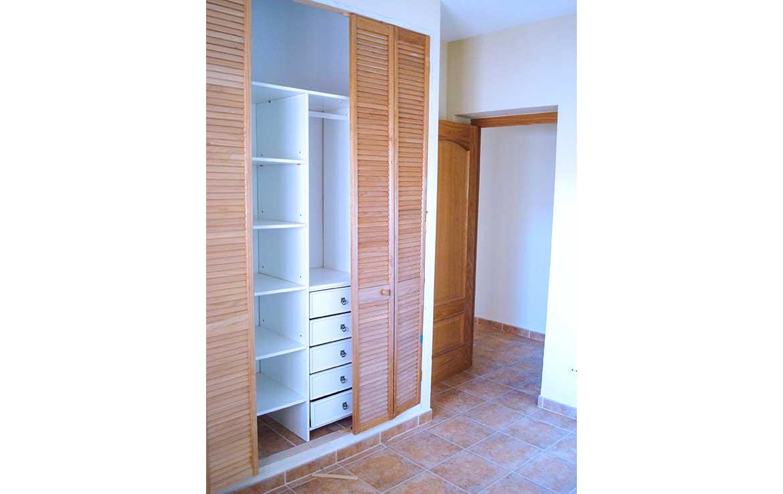 Chalet unifamiliar bien situado se vende Alsaciana num. 8, Ajofrín, Toledo - Armario de dormitorio