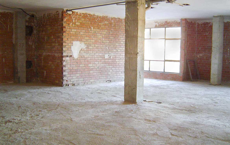 Foto de Local u Oficina en venta en Avenida Diputacion 10 Calpe, Alicante. Vista interior: Fachada y lateral (2).