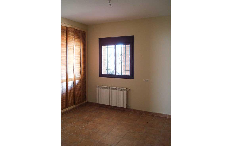 Se vende chaleten calle Alsaciana, 8, Ajofrín, Toledo - Dormitorio y armario
